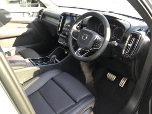 Volvo XC40 T5 R-DESIGN AWD Geartronic - Image 10