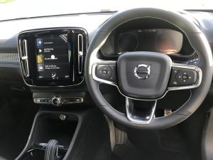Volvo XC40 T5 R-DESIGN AWD Geartronic - Image 12