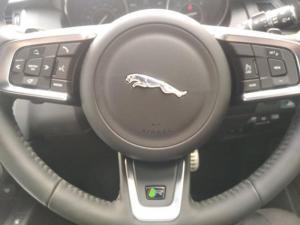 Jaguar E-PACE D180 2.0D S - Image 11