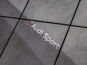 Audi RS3 Sportback Stronic - Image 10
