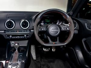 Audi RS3 Sportback Stronic - Image 6