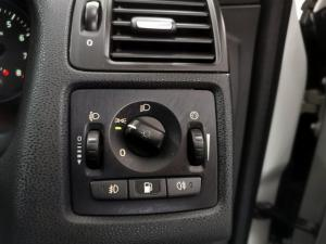Volvo C30 2.0 Essential - Image 13