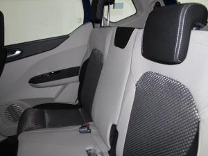Renault Triber 1.0 Prestige - Image 5