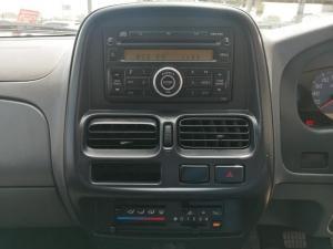 Nissan Hardbody NP300 2.5 TDi HI-RIDERD/C - Image 12