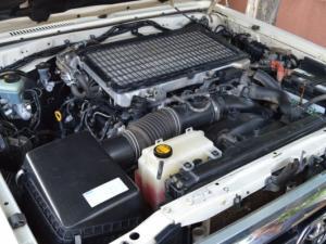 Toyota Landcruiser 76 4.5D V8 S/W - Image 7