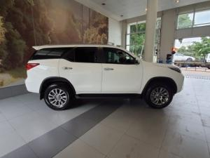Toyota Fortuner 2.8GD-6 Raised Body automatic - Image 11