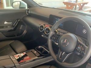 Mercedes-Benz A 200 automatic - Image 2