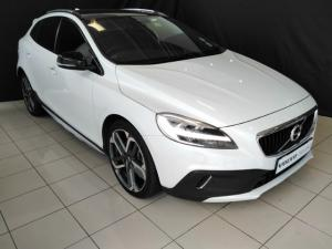 Volvo V40 Cross Country D3 Inscription - Image 1