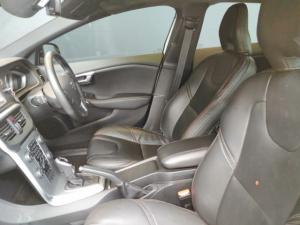 Volvo V40 Cross Country D3 Inscription - Image 6