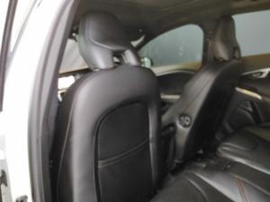 Volvo V40 Cross Country D3 Inscription - Image 7