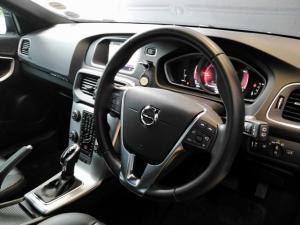 Volvo V40 Cross Country D3 Inscription - Image 8