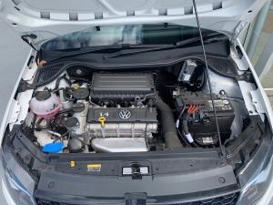 Volkswagen Polo sedan 1.4 Comfortline - Image 15