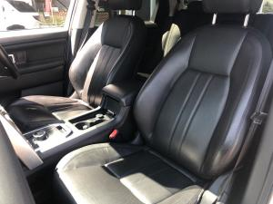Land Rover Discovery Sport HSE TD4 - Image 13