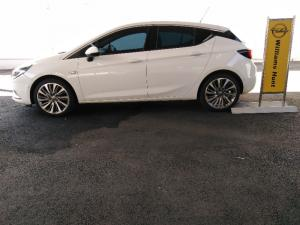 Opel Astra hatch 1.4T Sport - Image 7