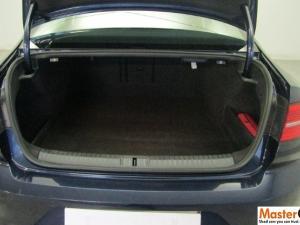 Volkswagen Passat 2.0 TDI Executive DSG - Image 3