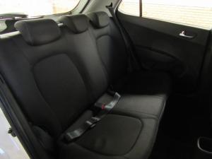 Hyundai Grand i10 1.2 Fluid - Image 7