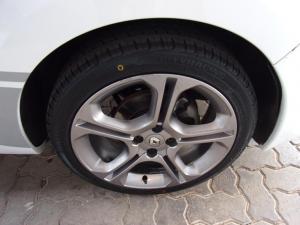 Renault Clio 66kW turbo GT-Line - Image 20
