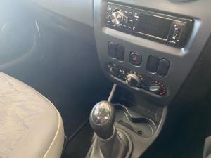 Nissan NP200 1.6i (aircon) - Image 7