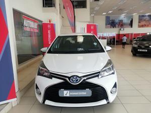 Toyota Yaris Hybrid - Image 2