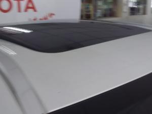 Volvo XC60 D5 AWD R-Design - Image 17