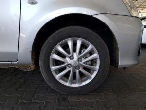 Toyota Etios hatch 1.5 Xs - Image 19
