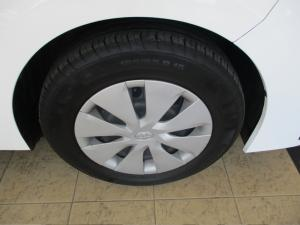 Toyota Corolla Quest 1.8 - Image 13