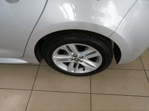 Toyota Corolla hatch 1.2T XS - Image 18