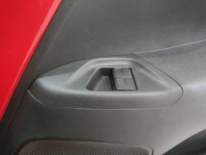 Toyota Aygo 1.0 X-Play - Image 15