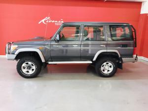 Toyota Land Cruiser 76 Land Cruiser 76 4.2D station wagon 60th Edition - Image 4