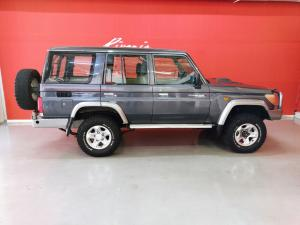 Toyota Land Cruiser 76 Land Cruiser 76 4.2D station wagon 60th Edition - Image 7
