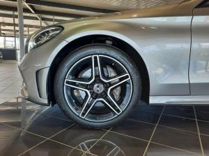Mercedes-Benz C180 AMG Line automatic - Image 7