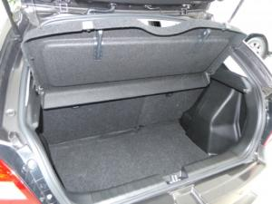 Toyota Starlet 1.4 XR auto - Image 6