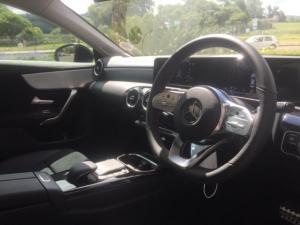 Mercedes-Benz CLA220d automatic - Image 4