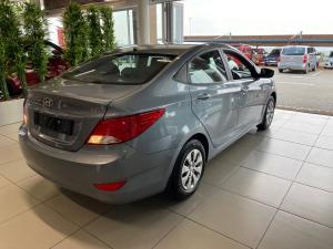 Hyundai Accent 1.6 GL - Image 6