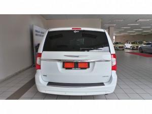 Chrysler Grand Voyager 2.8CRD Limited - Image 12