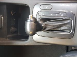 Kia Cerato Koup 1.6T auto - Image 15