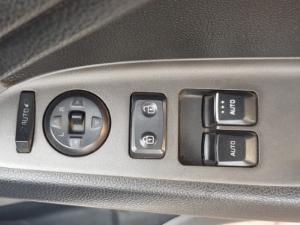 Kia Cerato Koup 1.6T auto - Image 4
