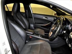 Mercedes-Benz A 200 CDI automatic - Image 6