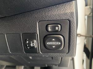 Toyota Corolla 1.4D-4D Prestige - Image 16