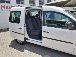 Volkswagen Caddy 1.6 crew bus - Image 10