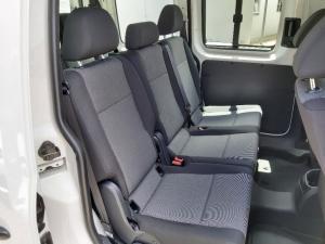 Volkswagen Caddy 1.6 crew bus - Image 12