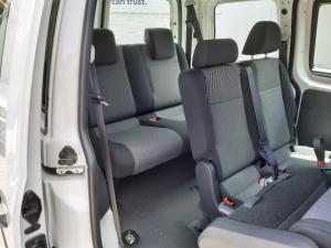 Volkswagen Caddy 1.6 crew bus - Image 13