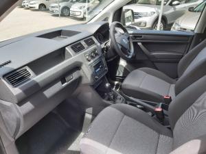 Volkswagen Caddy 1.6 crew bus - Image 16
