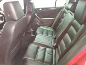 Volkswagen Golf GTI - Image 11