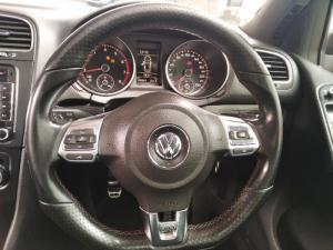 Volkswagen Golf GTI - Image 13