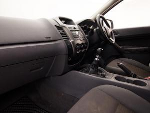 Ford Ranger 2.2TDCi XLS 4X4S/C - Image 7