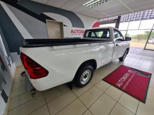 Toyota Hilux 2.0 (aircon) - Image 3
