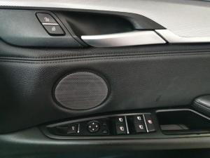 BMW X6 M50d - Image 17