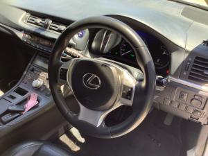 Lexus CT 200h S - Image 6