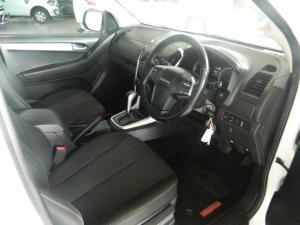 Isuzu KB 300D-Teq Extended cab LX auto - Image 5